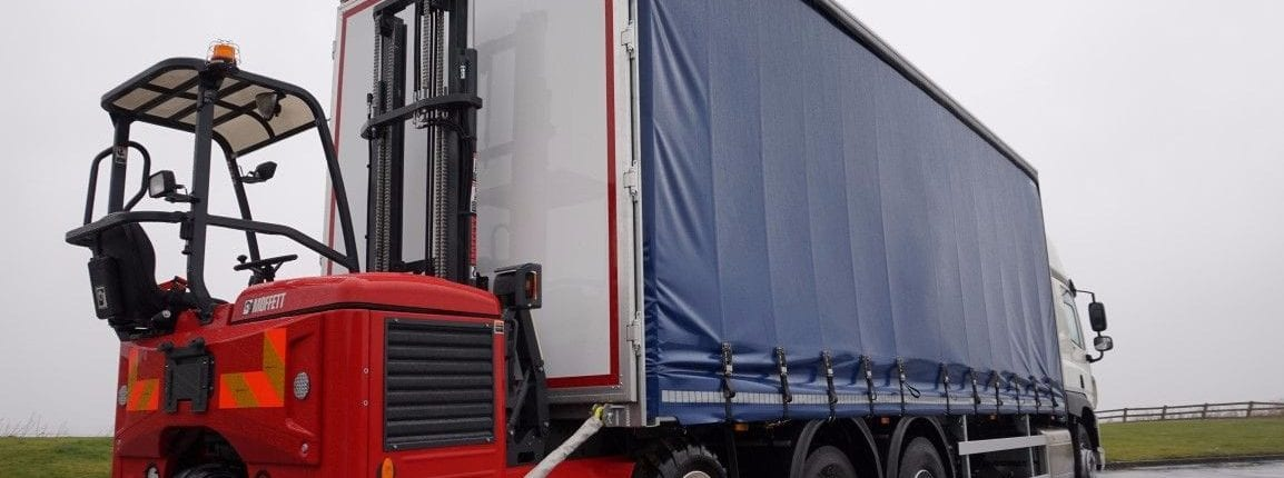 Curtainsider Truck Hire