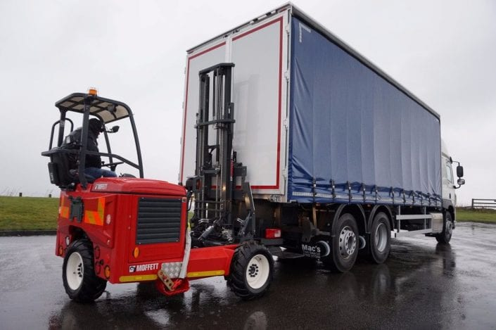 Curtainsider Truck Hire